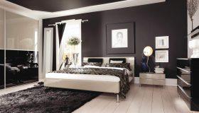 mobilier dormitor alb cu maro inchis