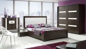 mobilier dormitor alb cu maro inchis 5