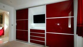 mobilier dormitor rosu